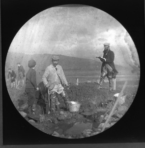 John Bruce and William Donnelly excavating Dumbuck in 1898 (RCAMS)